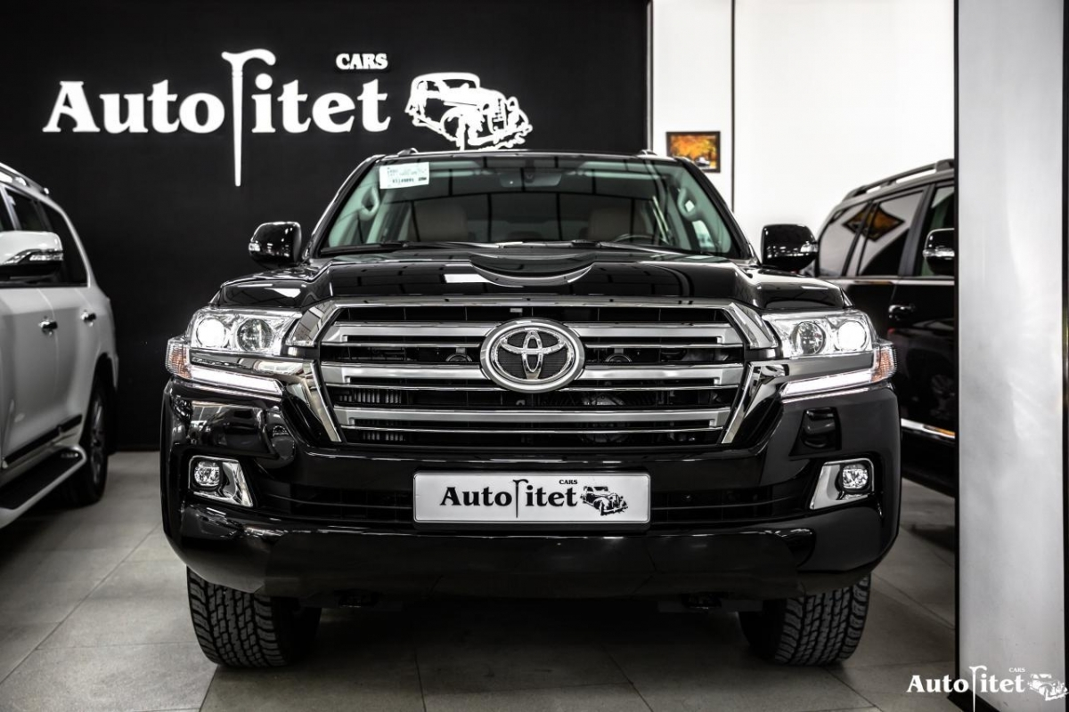 Totota Land Cruiser 200